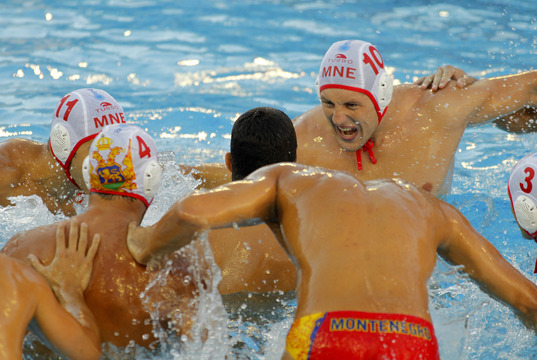 BCN 2013 Water Polo : Montenegro defeats Serbia in