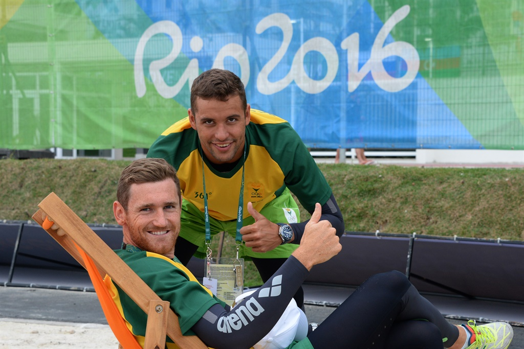 South African Olympic medalists Chad le Clos and Cameron van der Burgh (Sport24)