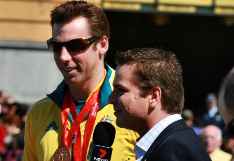 Hackett (left) at the Melbourne homecoming parade for 2008 Olympic Team – courtesy Sarah Ewart (Wikipedia CC BY-SA 3.0)