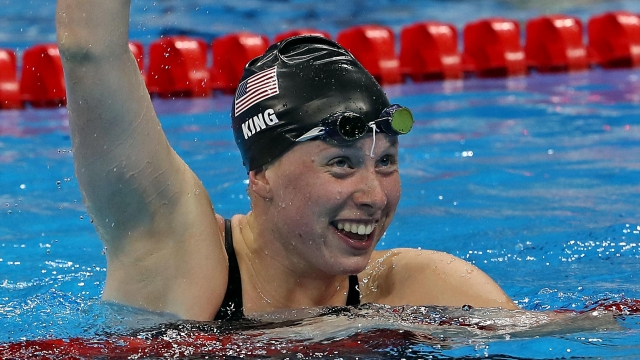 Lilly King wins gold in 100M breaststroke (NCAA.com)