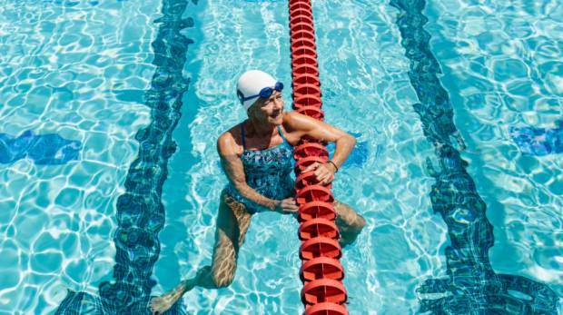aniela Barnea, a champion swimmer in the 70- to 74-year-old age group, at the Avery Aquatic Center in California (NYT)
