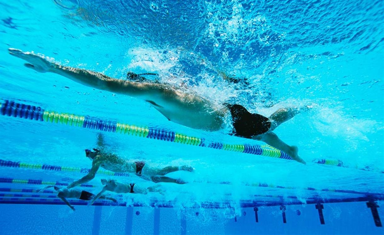 male-swimmer-underwater